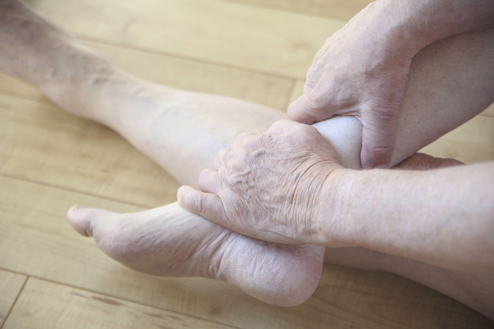 5 Reasons Seniors Should Visit a Podiatrist